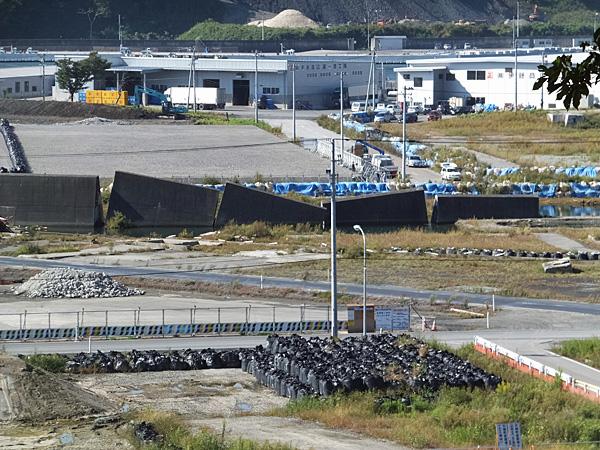 津波で壊れた防潮堤-2014/9/30撮影